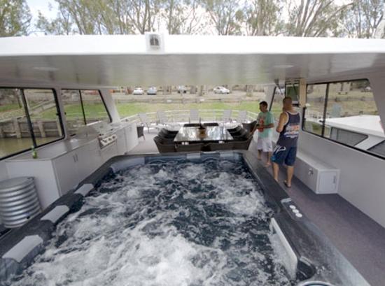 Ultimate Houseboat Upper Deck Huge Spa