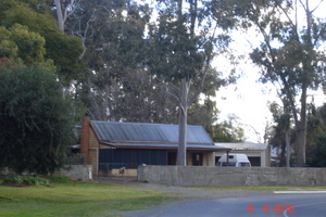 River Shack Holiday House Cobram logo