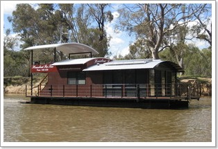 Houseboats for Two, Echuca Moama