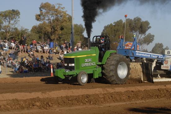 Quambatook Australian Championship Tractor Pull