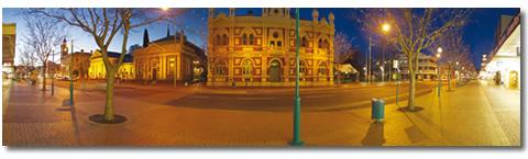Albury at night