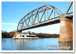 Houseeboat holidays at Murray Bridge